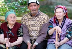 Кыргызстанда 1-октябрдан тартып пенсиялардын негизги бөлүгү жогорулайт