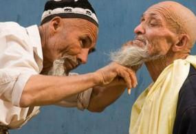 Тажикстанда имамдарга сакалдын узундугу бекитилди