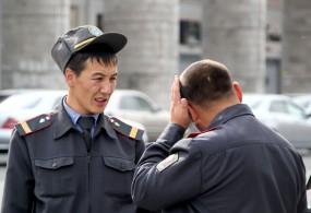 Бишкекте аял жагып калган эркекти милицияга издетти