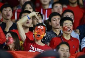 Футбол күйөрмандары улуттук кураманын быйылкы өткөргөн сезонуна ыраазы