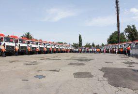 Бишкекке 32 жаңы таштанды чогултуучу унаа тапшырылды