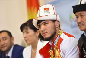 Дүйнөлүк спорттогу акыркы окуяларга байланыштуу Кыргызстан Изат Артыковдун дисквалификациясы боюнча маселеге кайрылып келет