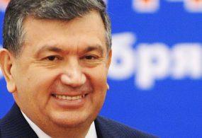 Өзбекстанда президентке жолуккусу келген арыздануучуларды айылга камап салышты