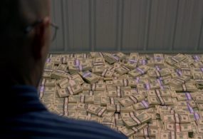 Россиянын коррупцияга каршы башкы башкармалыгынын чиновнигинин  үйүндө 8 миллиард рубль табылды