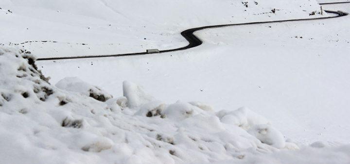 Бишкек-Ош жолунда жүк ташуучу унааларга чектөө киргизилди
