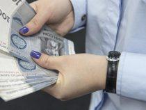 Объем денег на руках у кыргызстанцев в начале года был рекордным