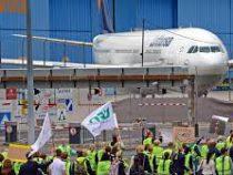 В Германии сразу 8 аэропортов объявят забастовку