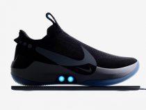В США представили кроссовки с автоматической шнуровкой