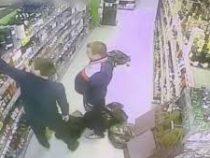 Пьяные охранники обчистили вверенный им супермаркет в Химках