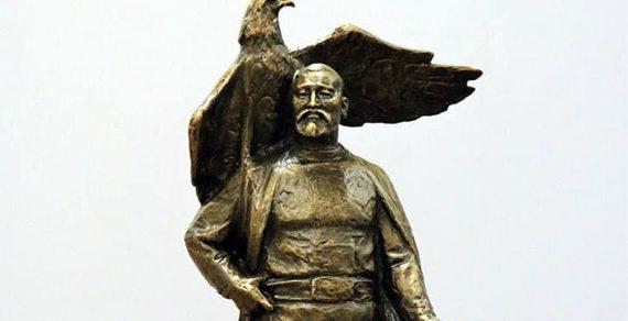 В столице выбирают памятник Бишкек баатыру