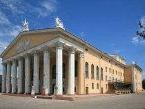Театр оперы и балета возглавил Каримберди Турапов