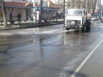 «Тазалык» приступил к мойке столичных дорог
