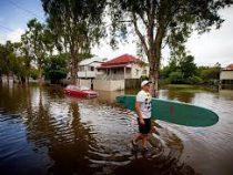 В эпицентре природных стихий оказалась Австралия