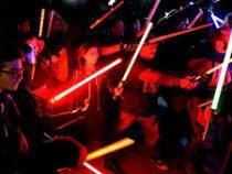 Во Франции официально признали спортом бои на световых мечах