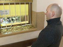 Поляк оплатил судебные издержки 30 килограммами монет