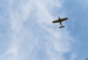 На авиашоу в Австрии самолет упал в озеро