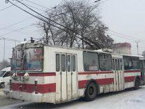 Движение троллейбусов в столице восстановлено