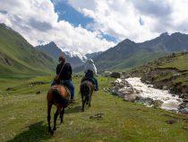 Кыргызстан назван одной из лучших стран для путешествий верхом на лошадях