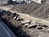 В Бишкеке продолжается ремонт улицы Абая