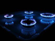 Газовики продолжают ремонтировать трубы в Бишкеке