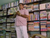 Житель Индии получил 145 дипломов за 30 лет