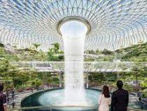 В аэропорту Сингапура откроют самый большой в мире крытый водопад