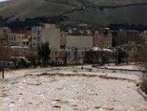 Около двух миллионов человек остались без крова из-за разрушительных наводнений вИране