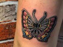 «Вышитые» татуировки сводят модников с ума