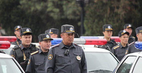 Милиция Бишкека переходит к усиленному режиму несения службы