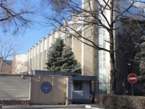 ГКНБ опроверг информацию о прибытии в Бишкек вооруженного спецназа