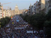 В Праге прошла самая масштабная за 30 лет акция против власти