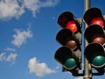 В столице продолжаются работы по установке светофоров