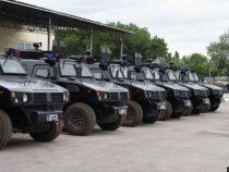 Китай подарил Кыргызстану бронированные полицейские автомобили