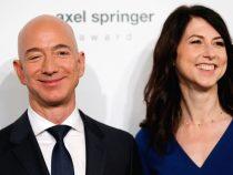 Глава Amazon официально развелся с женой