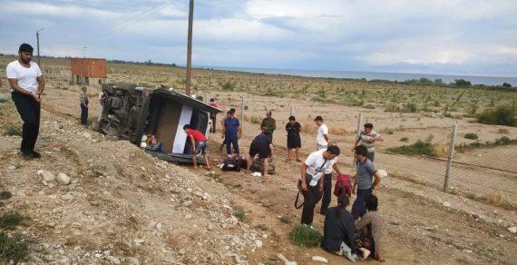17 человек пострадали в ДТП в Иссык-Кульской области