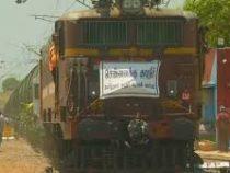 Из-за засухи в Индии воду стали доставлять специальными поездами