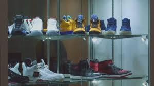 Редчайшие коллекционные кроссовки выставлены на аукцион в США