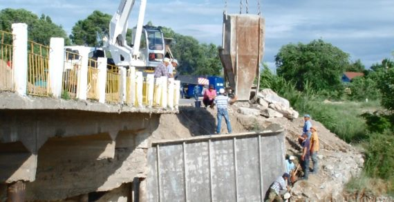 Япония предоставит грант на ремонт моста в Кыргызстане