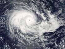 На китайскую провинцию Хайнань обрушился тропический шторм «Мун»