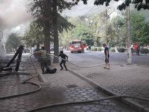 В Бишкеке загорелся ресторан