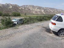 В Нарынской области в ДТП пострадали 12 человек. Погибли двое