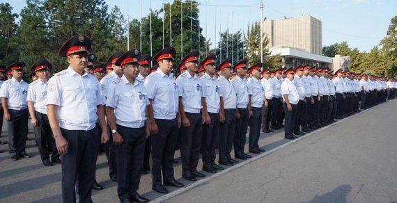 За порядком 31 августа в Бишкеке будут следить 2200 милиционеров