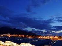 В Гонконге возобновил работу местный аэропорт