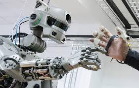 НаМКС отправился человекоподобный робот