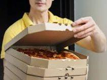 Каждый четвёртый курьер признался, что пробует еду при доставке