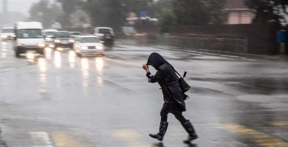 Синоптики распространили штормовое предупреждение