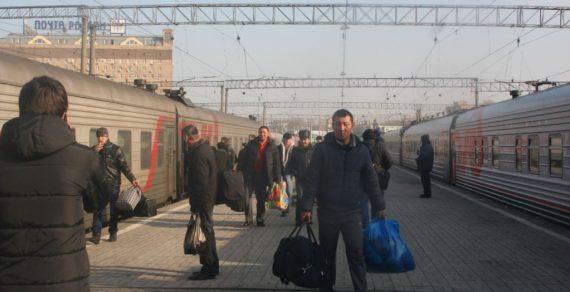 В «черном списке» России числятся свыше 64 тысяч граждан КР