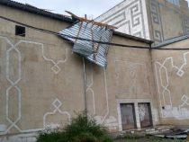 В Сокулукском районе шквалистый ветер снес кровлю Дома культуры