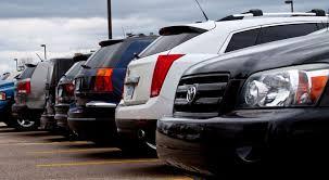 В США блогер раздал желающим машин на 100 тысяч долларов