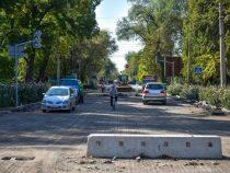 Абылгазиев поручил решить вопрос с пробками в столице